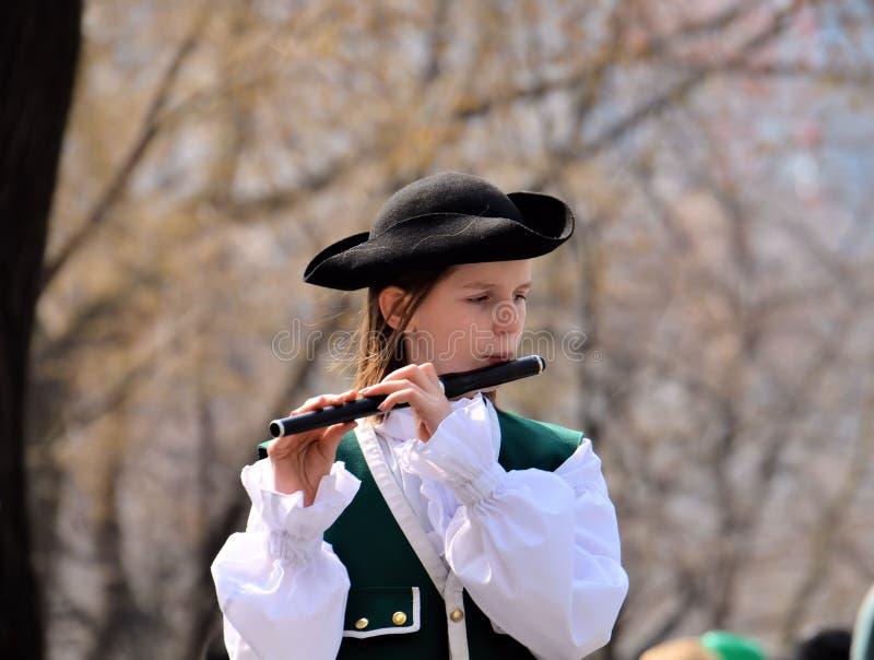 长笛女孩爱尔兰使用 免版税库存照片