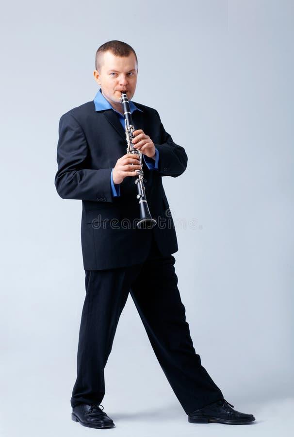 长笛长笛演奏家使用 免版税库存照片