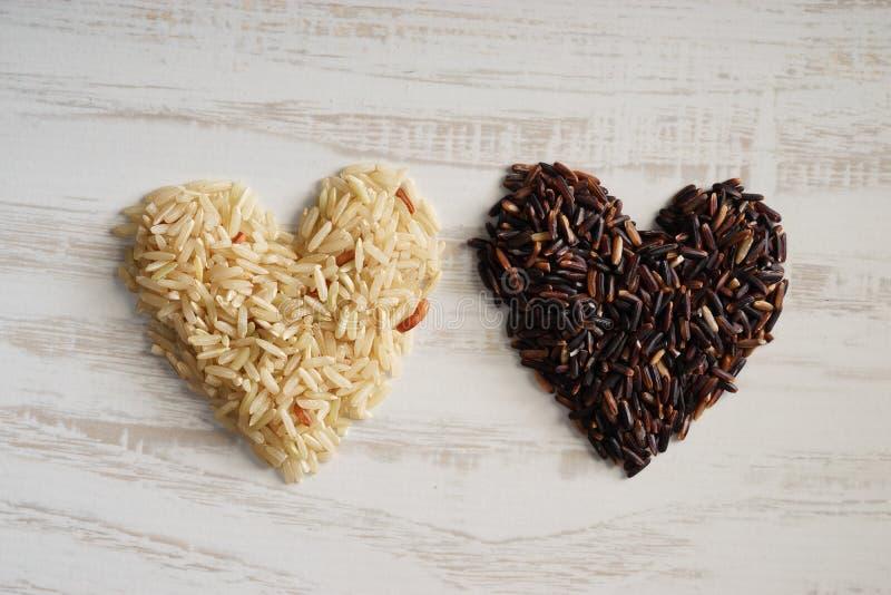 长粒米,糙米,健康概念 免版税库存图片