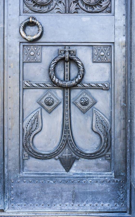 门入口涉及的前面家 门圣洁suzdal 在对圣尼古拉斯大教堂的入口  Kronshtadt 圣彼德堡 莫斯科 免版税库存图片