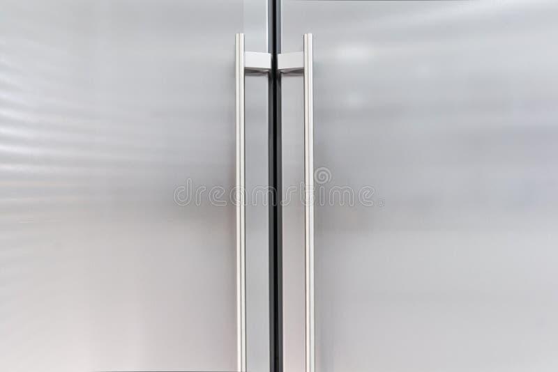 门冰箱 免版税库存图片