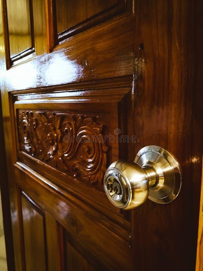 门和瘤 免版税库存照片