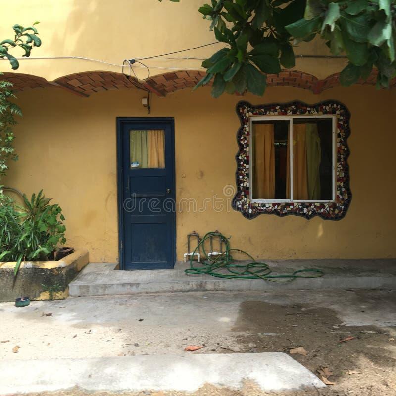 门和马赛克窗口在Sayulita墨西哥 图库摄影