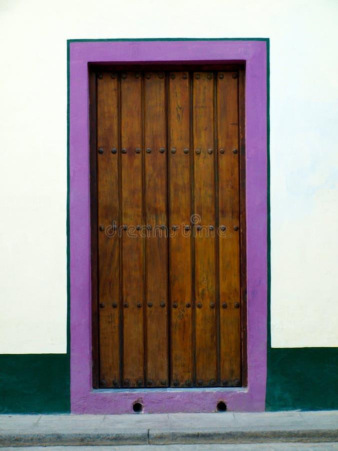 门道入口在哈瓦那 库存图片