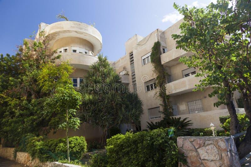 门面其中一个鲍豪斯建筑学派大厦 特拉唯夫 以色列 免版税库存照片