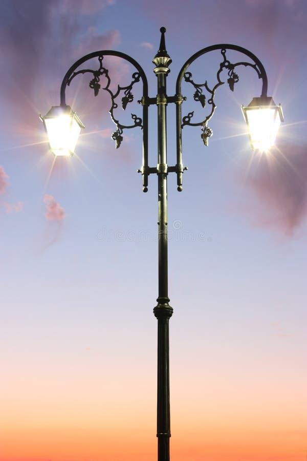 闪亮指示街道 图库摄影