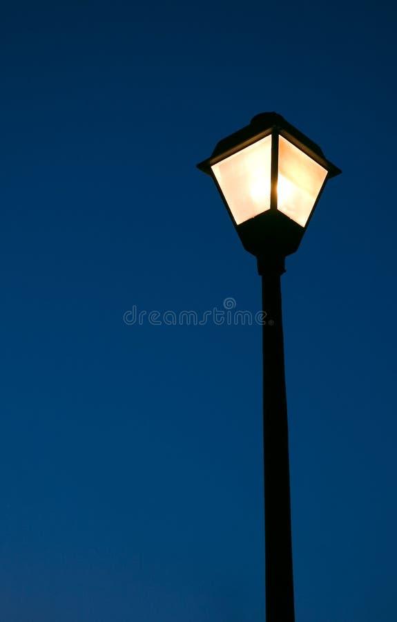 闪亮指示街道 库存图片
