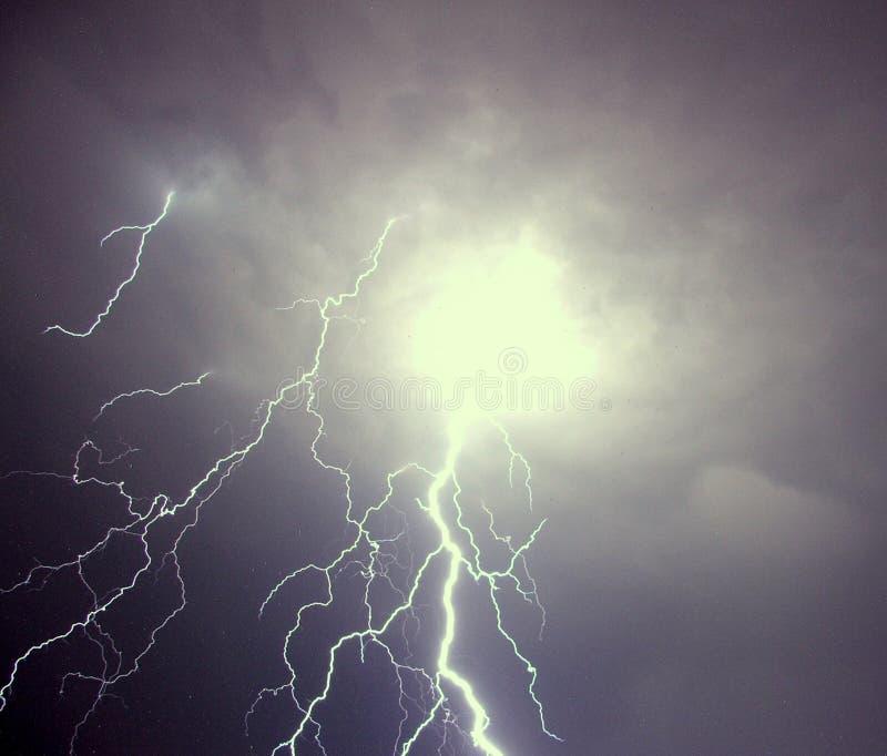 闪电罗马尼亚风暴 免版税库存照片