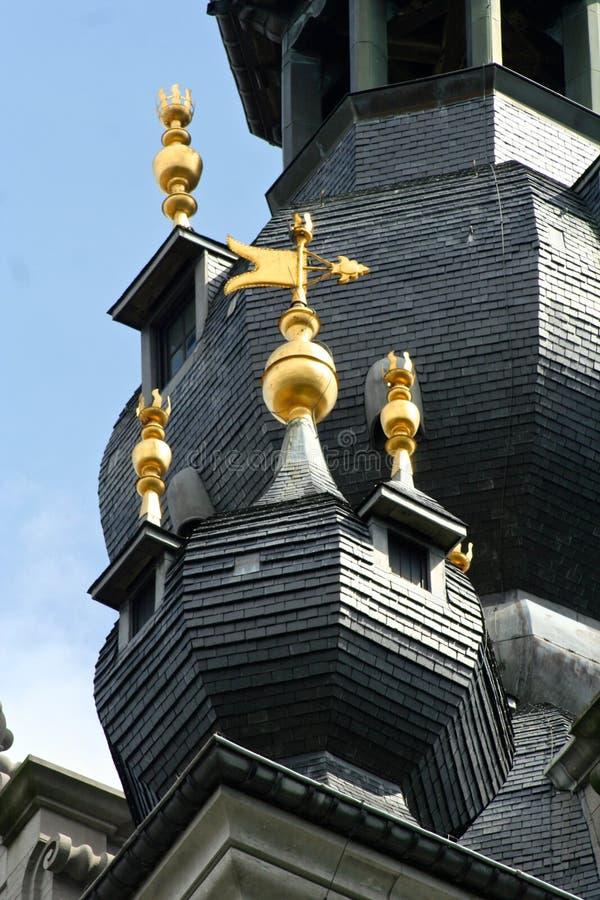 阜,比利时钟楼  免版税图库摄影