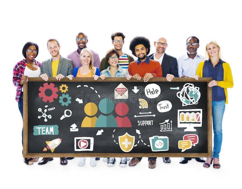 队支持关心帮助信任合作概念 图库摄影