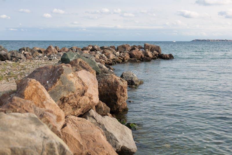 防堤在黑海 库存图片