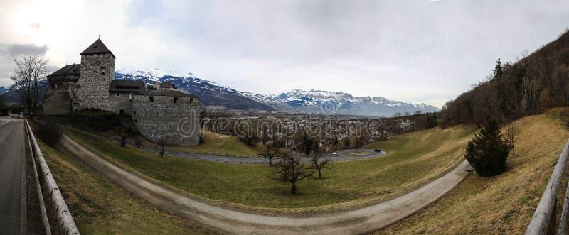 瓦杜兹城堡视图 免版税库存照片