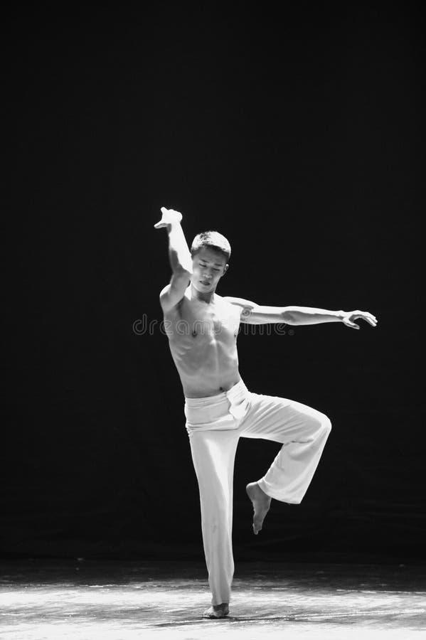 阳刚之气啼声现代舞蹈 免版税库存照片