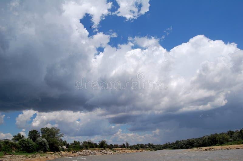 阴沉的天空 免版税库存照片