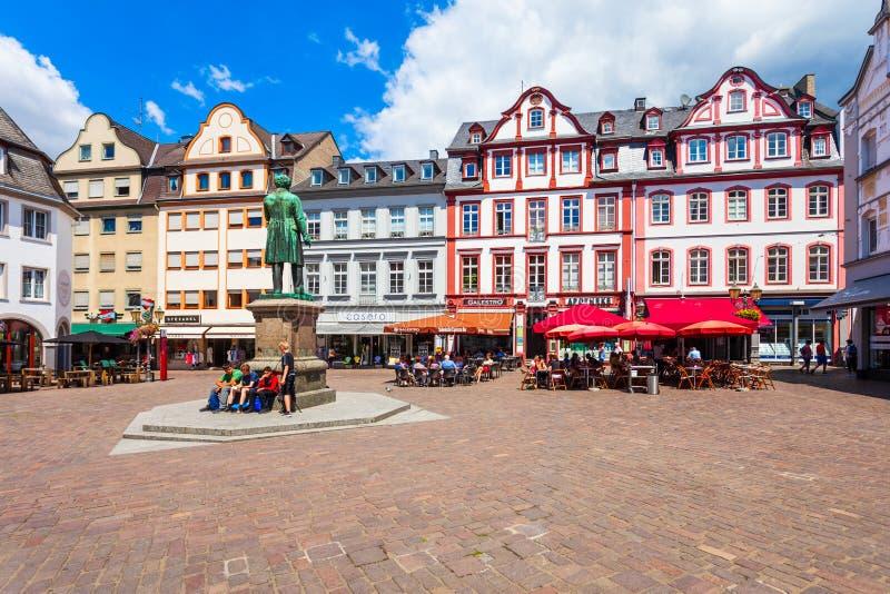阴险的人正方形在科布伦茨,德国 库存图片