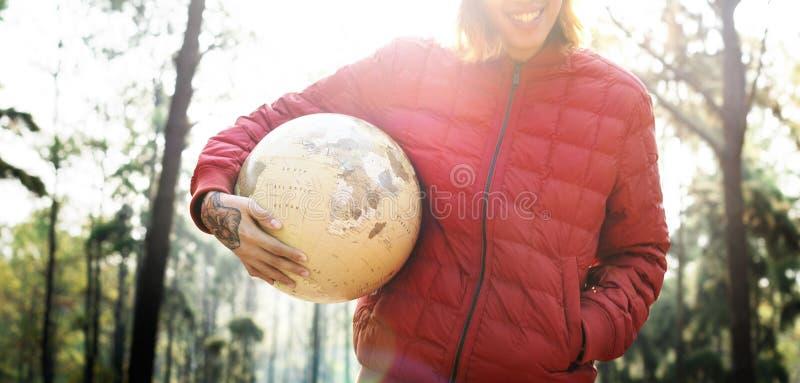 阵营森林冒险旅行遥控放松概念 免版税库存照片