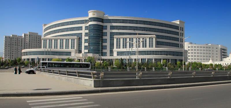 阿什伽巴特,土库曼斯坦, 2017年1月25日:现代建筑学o 库存图片