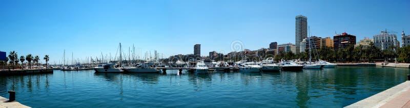阿利坎特港口全景西班牙 库存图片
