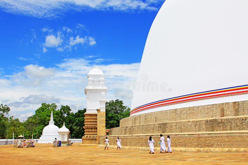 阿努拉德普勒Ruwanwelisaya Stupa,斯里兰卡联合国科教文组织世界遗产名录 库存图片