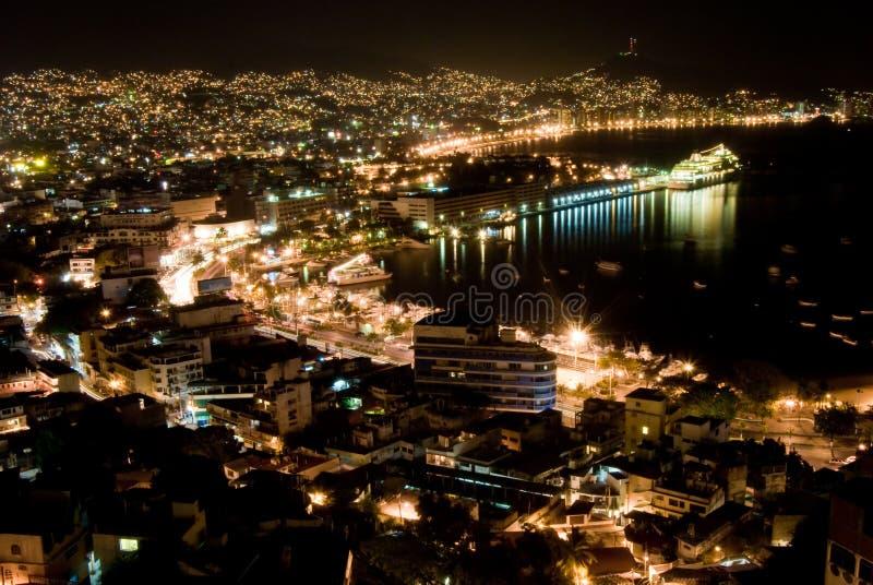 阿卡普尔科晚上 免版税库存图片