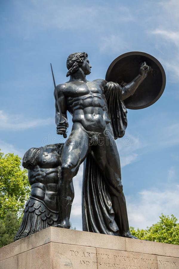 阿奇里斯雕象,海德公园,伦敦 库存照片