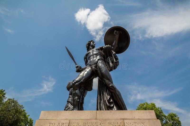 阿奇里斯雕象,海德公园,伦敦 免版税库存照片