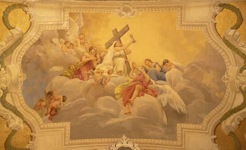 阿奇雷亚莱,意大利,2018年:信念主要的优点符号壁画在天使中的在Basilica Collegiata di圣Sabastiano 库存图片