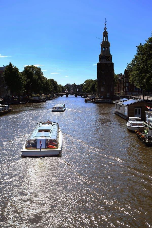 阿姆斯特丹典型的视图  库存图片