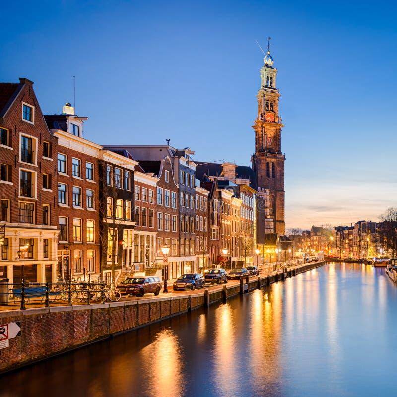 阿姆斯特丹在晚上,荷兰 库存照片