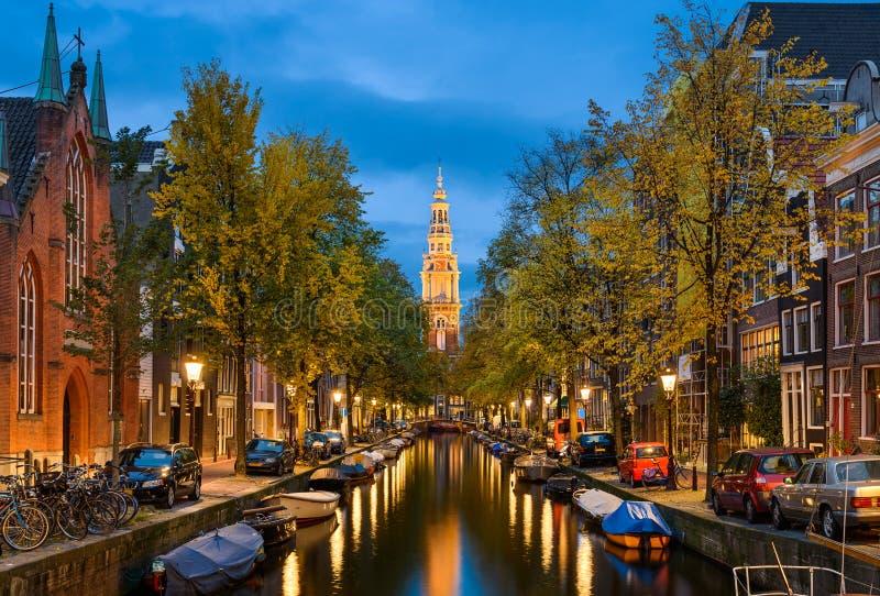 阿姆斯特丹在晚上,荷兰 图库摄影