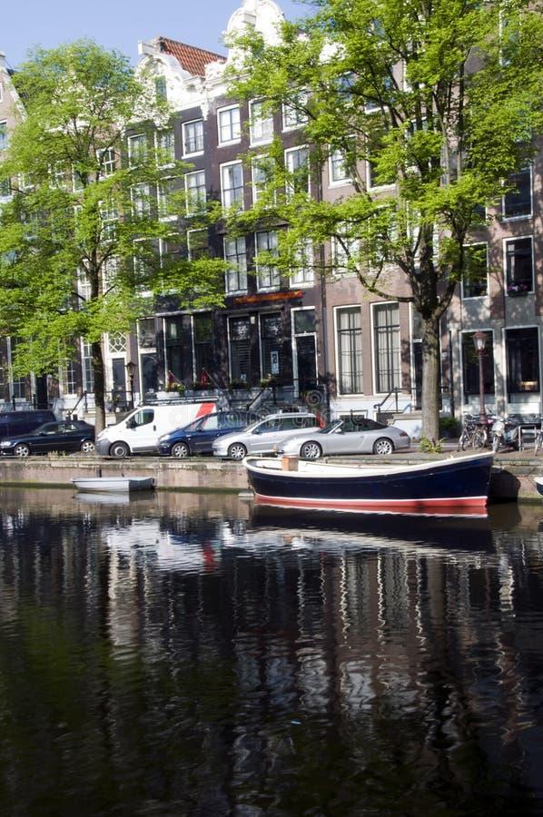 阿姆斯特丹小船运河荷兰家 库存照片