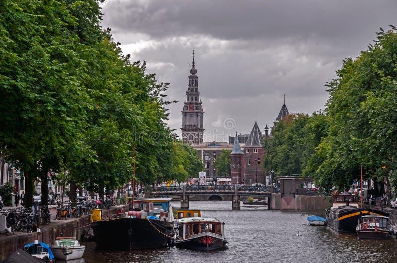 阿姆斯特丹街道和渠道 免版税图库摄影