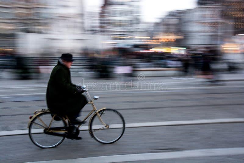 阿姆斯特丹骑自行车 免版税图库摄影
