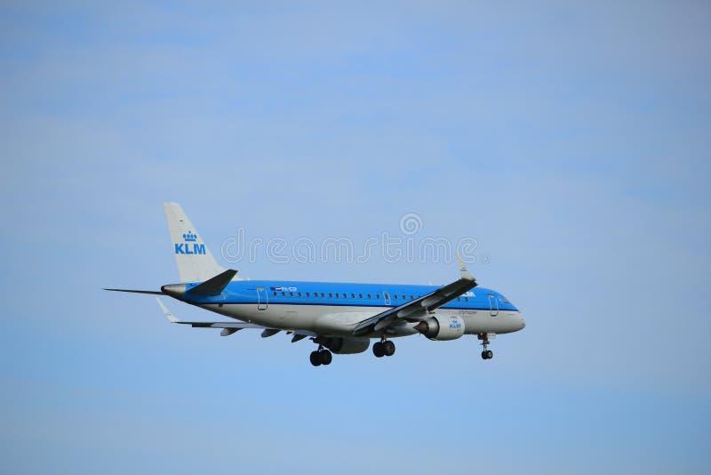阿姆斯特丹,荷兰, 2016年7月,第15 :PH-EZP KLM Cityhopper巴西航空工业公司ERJ-190STD 图库摄影