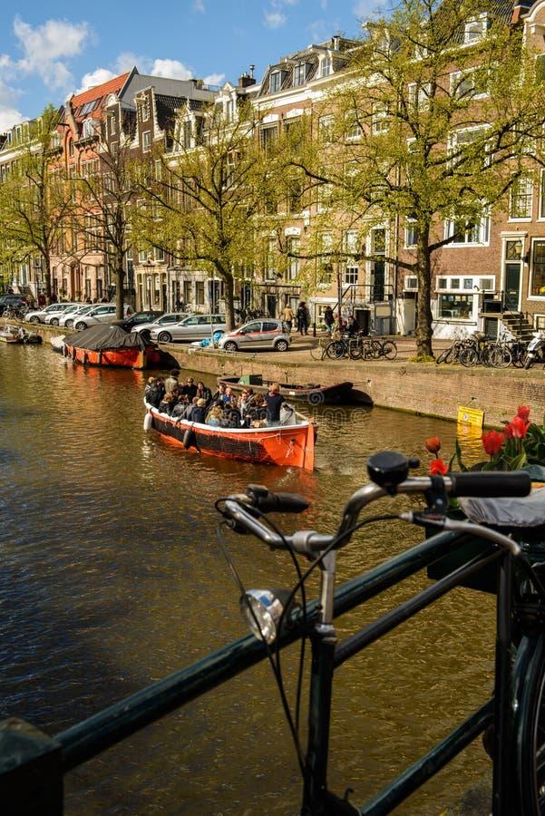 阿姆斯特丹,荷兰:工作者庆祝称Orange的一个假日Day 库存照片