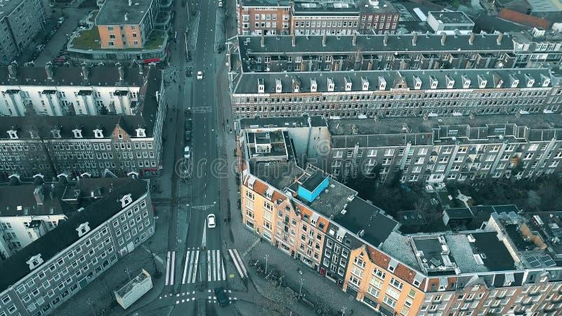 阿姆斯特丹,荷兰- 2018年1月1日 城市街道和房子鸟瞰图  免版税图库摄影