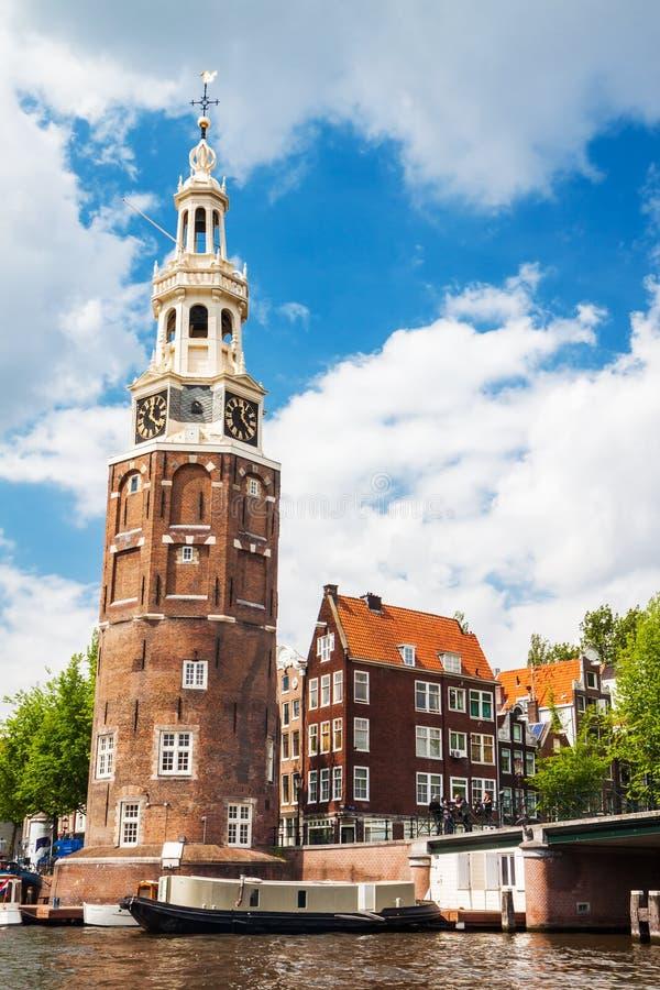阿姆斯特丹, Netherland -铸造塔(Munttoren)在中心  免版税图库摄影