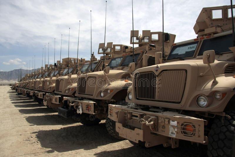 阿富汗装甲的问题准备好的通信工具 免版税库存图片