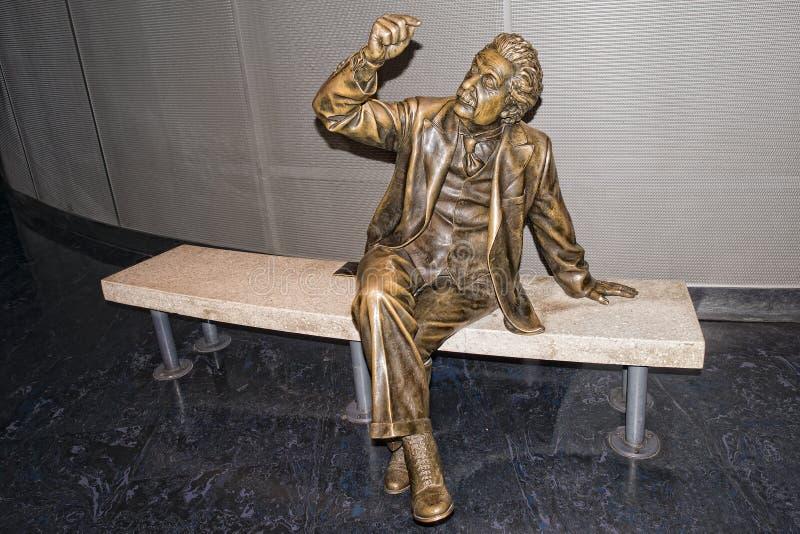 阿尔伯特・爱因斯坦雕象 库存照片