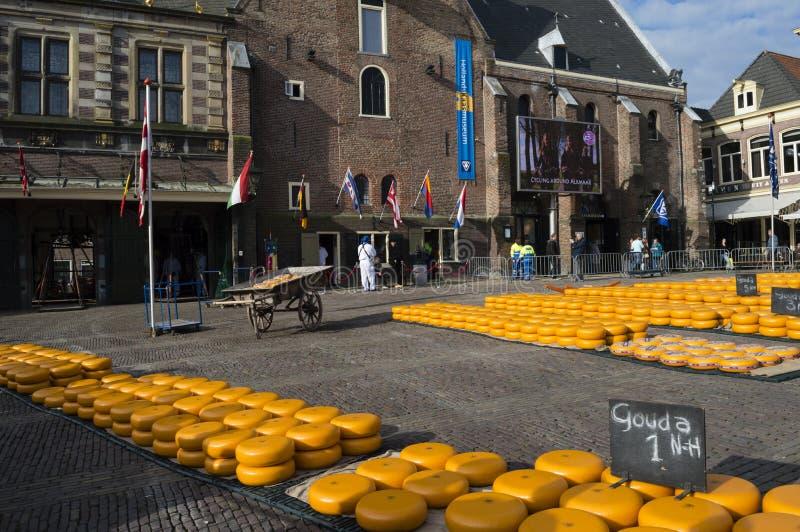 阿尔克马尔的历史的乳酪市场 库存照片