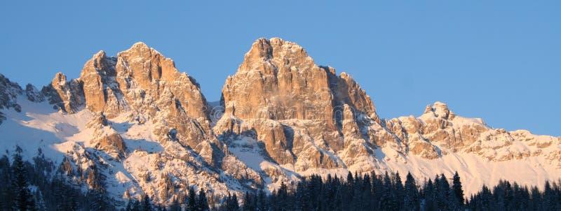 阿尔卑斯全景视图 免版税库存图片