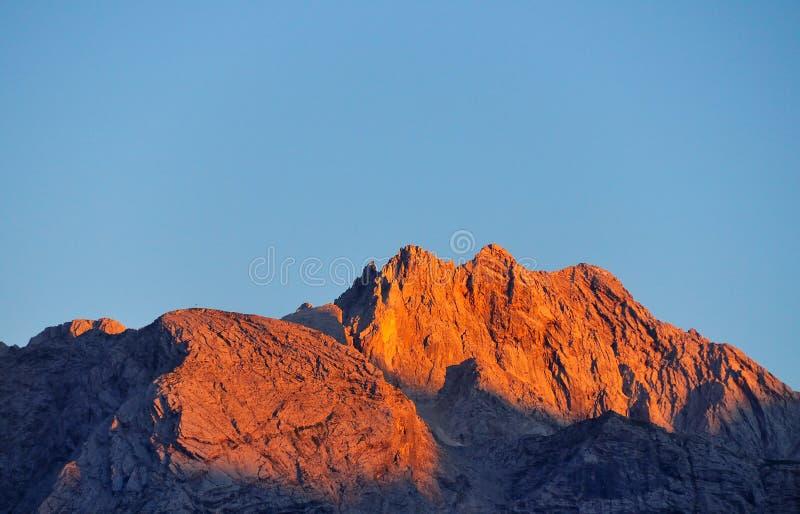 阿尔卑斯桔子日落 库存照片