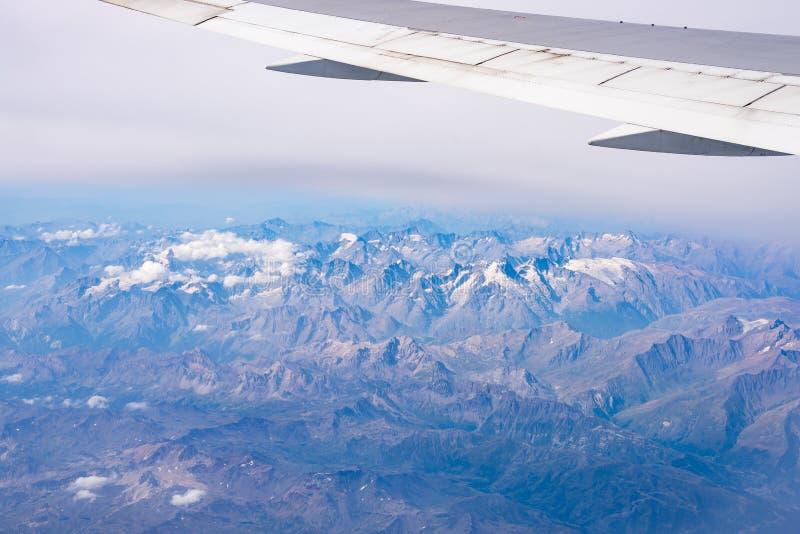 阿尔卑斯的鸟瞰图, Ecrins国家公园,法国 免版税图库摄影