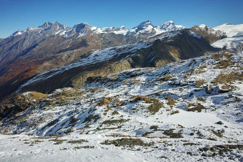阿尔卑斯,瑞士冬天全景从马塔角冰川天堂的 免版税图库摄影