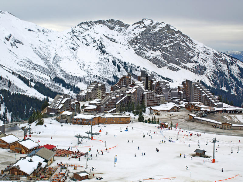 阿尔卑斯avoriaz法国手段滑雪 免版税库存图片