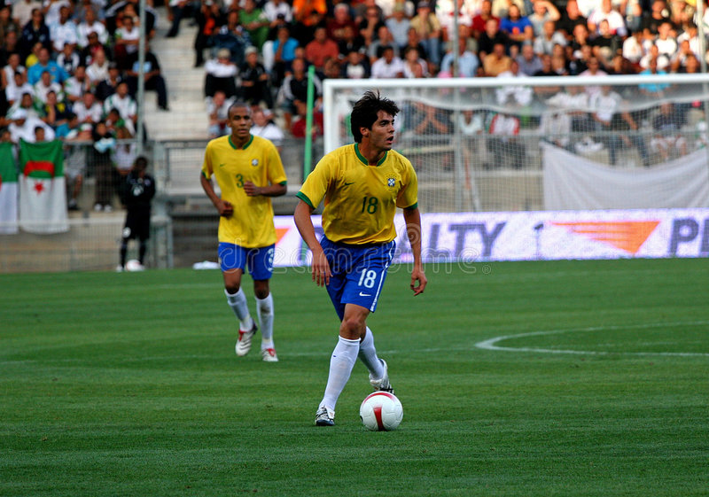 阿尔及利亚巴西友好符合足球与 免版税图库摄影