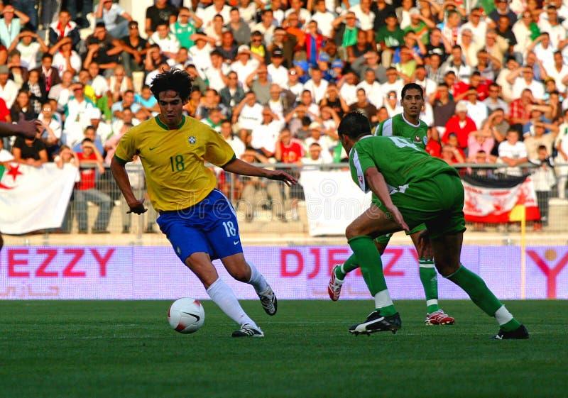 阿尔及利亚巴西友好符合足球与 免版税库存图片