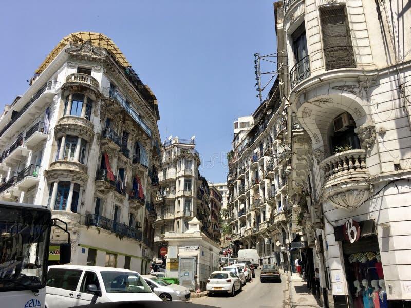 阿尔及尔,阿尔及利亚- 2018年10月1日:阿尔及尔阿尔及利亚的法国殖民地边  免版税库存照片