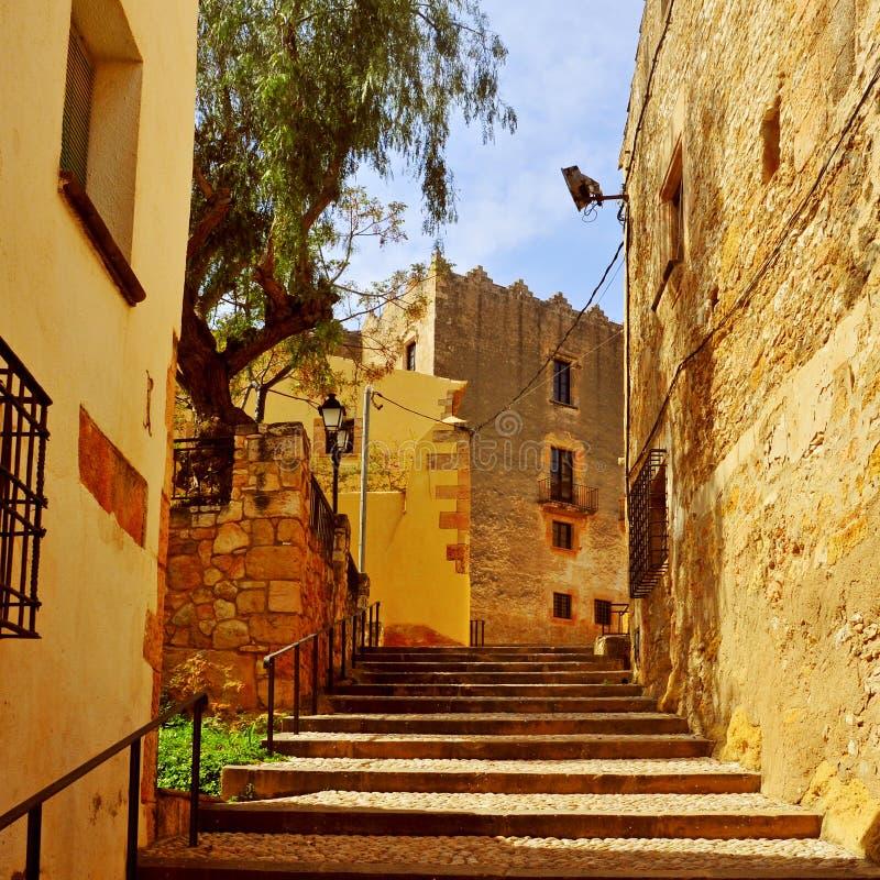 阿尔塔富利亚,西班牙老镇的街道  免版税图库摄影