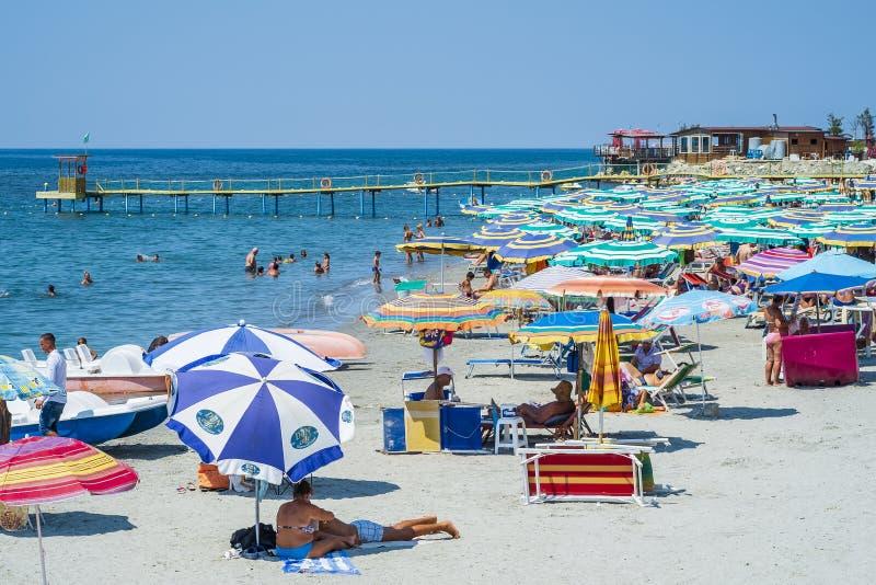 阿尔巴尼亚城市都拉斯的主要城市海滩 免版税库存图片